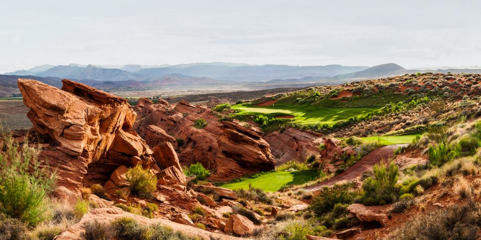 Sand-Hollow-Resort-15th-hole.jpg