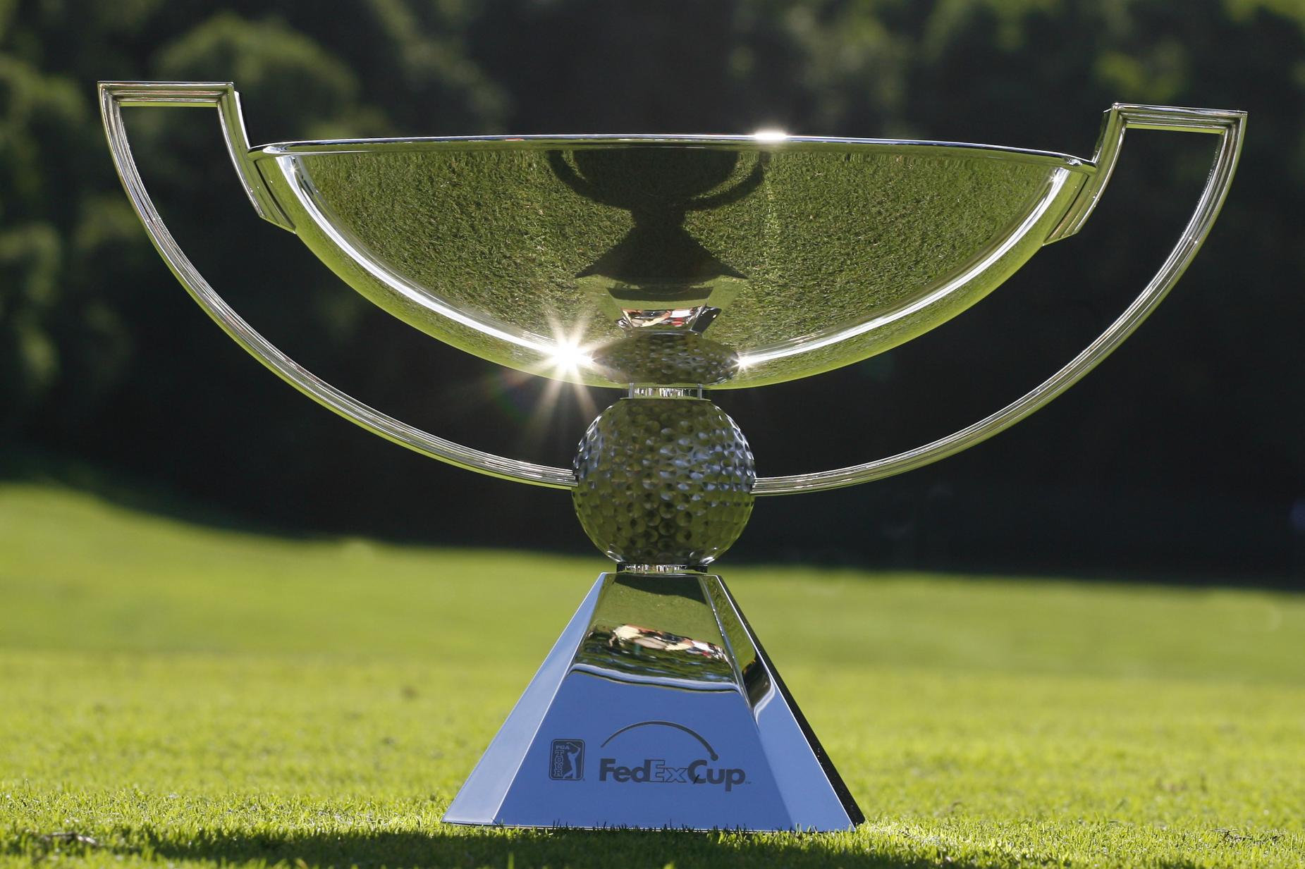 PGA TOUR - 2007 Mercedes-Benz Championship - First Round