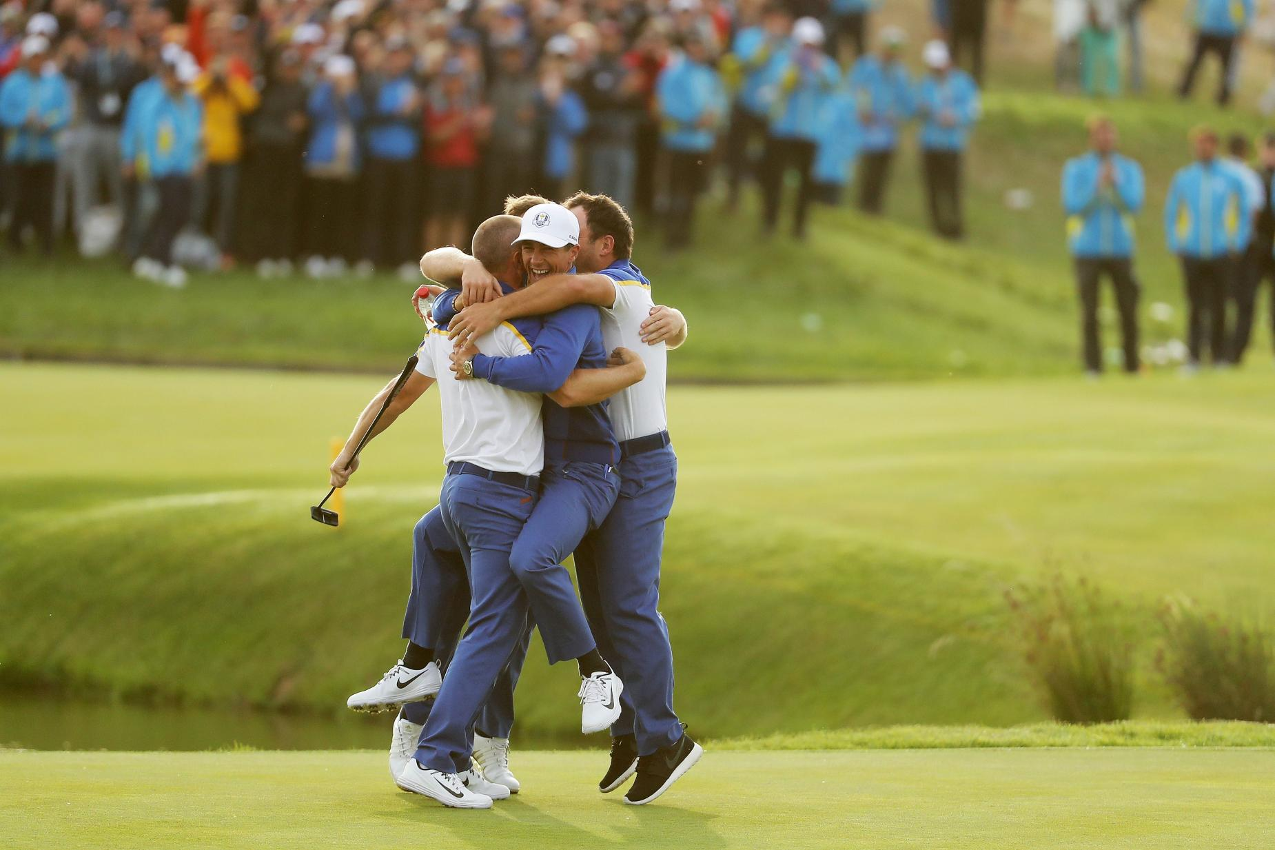 ryder-cup-alex-noren-celebration-18th-hole-2018-sunday.jpg