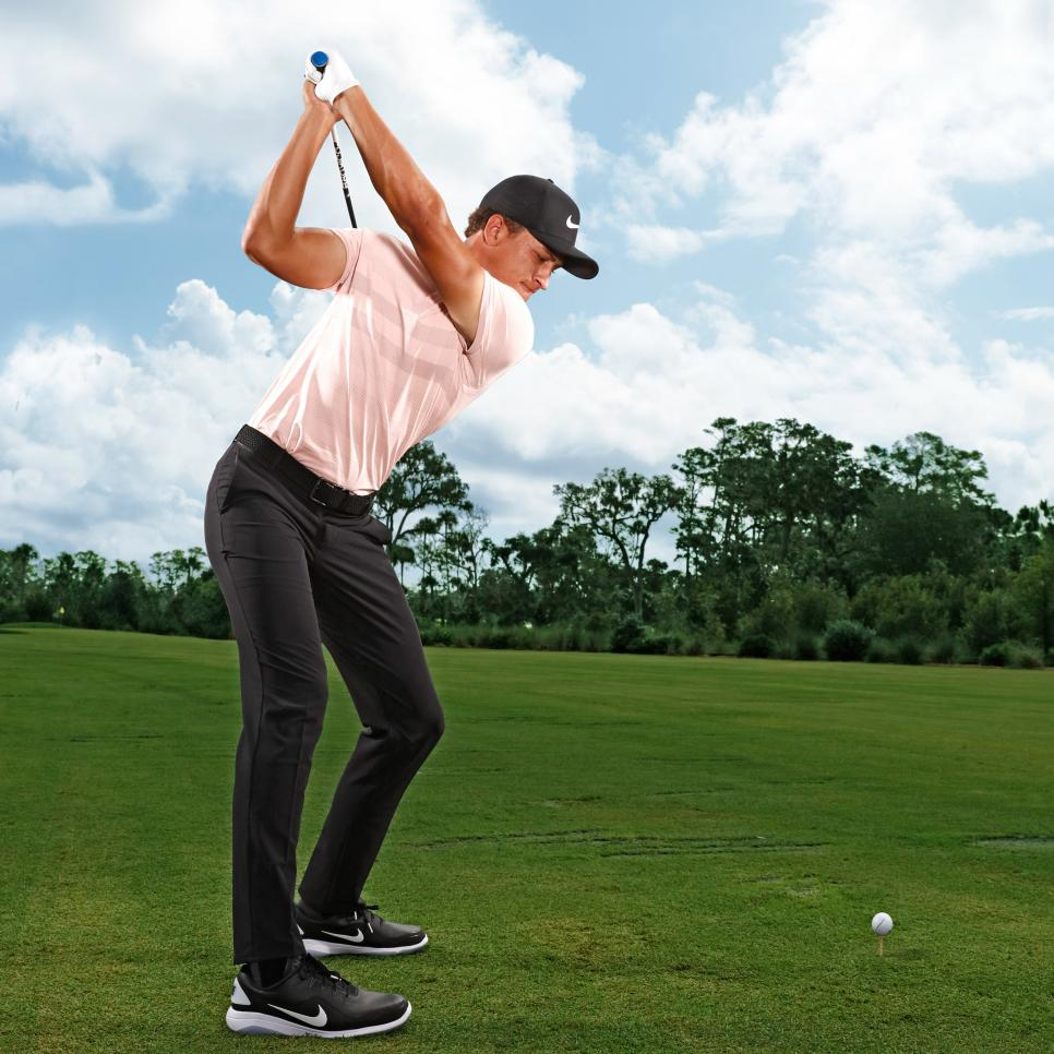 Cameron-Champ-power-move-top-of-swing.jpg