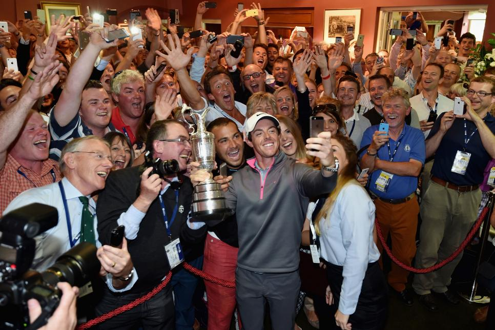 rory-mcilroy-british-open-2014-selfie-crowd.jpg
