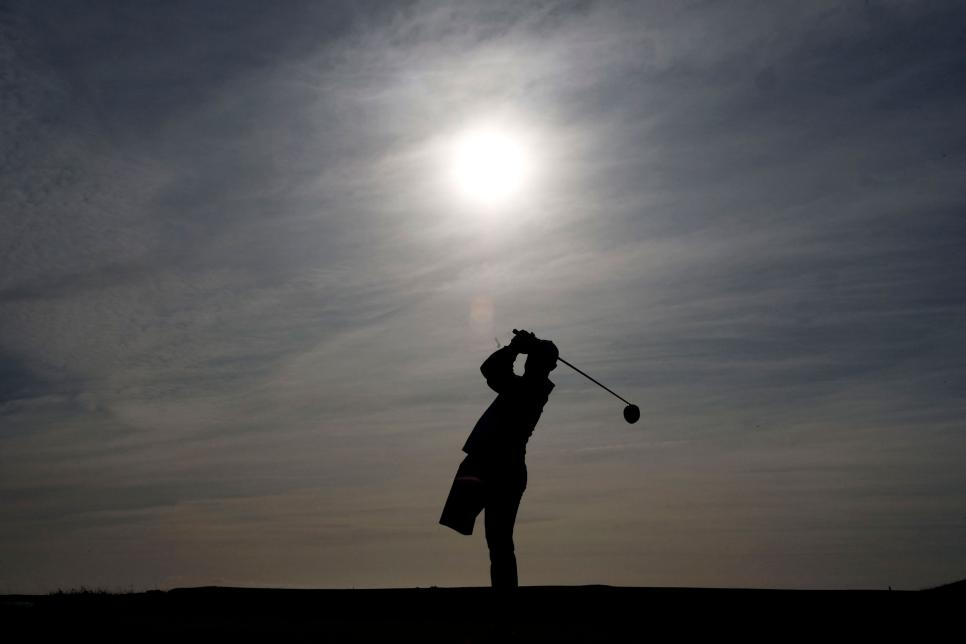 disabled-golfer-silho.jpg