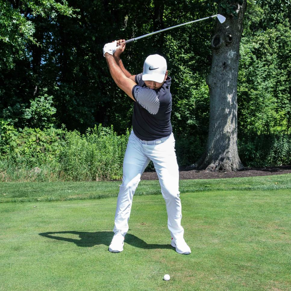 Jason-Day-scoring-tips-irons-backswing.jpg