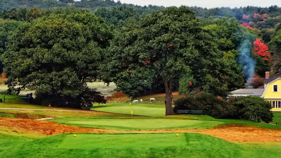 77---Myopia-Hunt---par-3-16th-hole---Jon-Cavalier.jpg