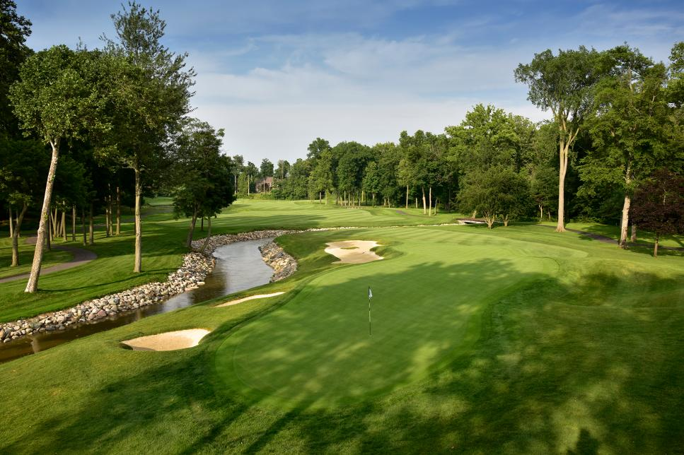 147 - Sycamore Hills - 15th hole - Jim Mandeville.jpg