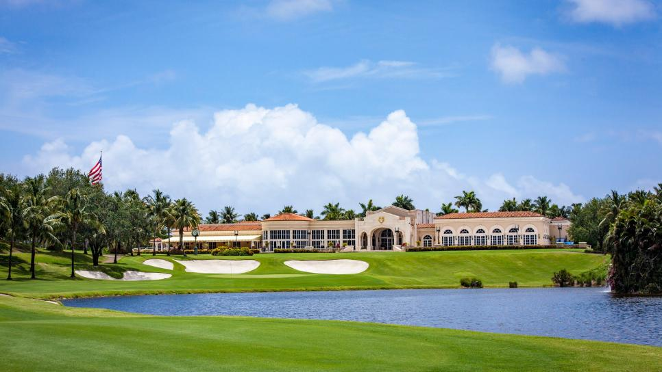 178 - Trump-International-Golf-Club West-Palm-Beach - 18th hole - courtesy of Trump Organization.jpg