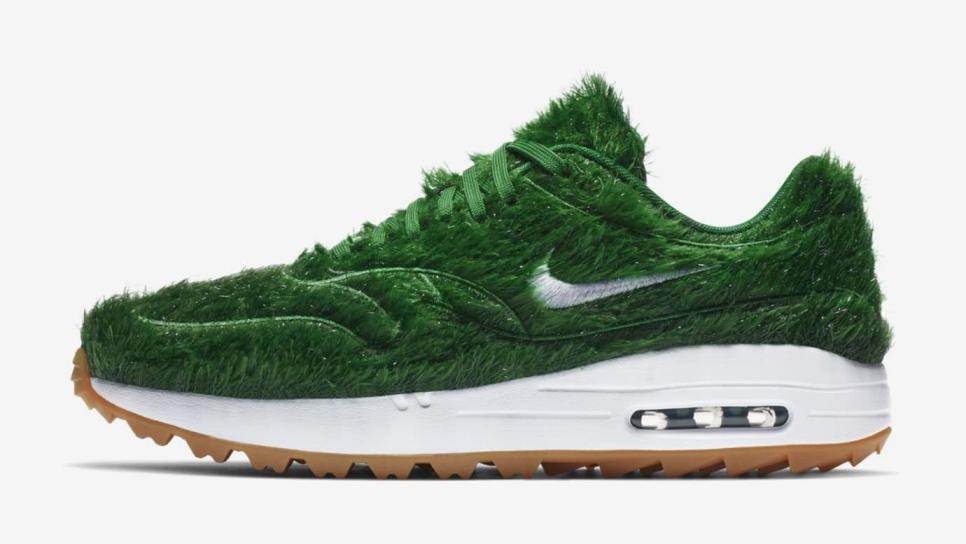 nike-air-max-1-golf-grass-lateral-side.jpeg