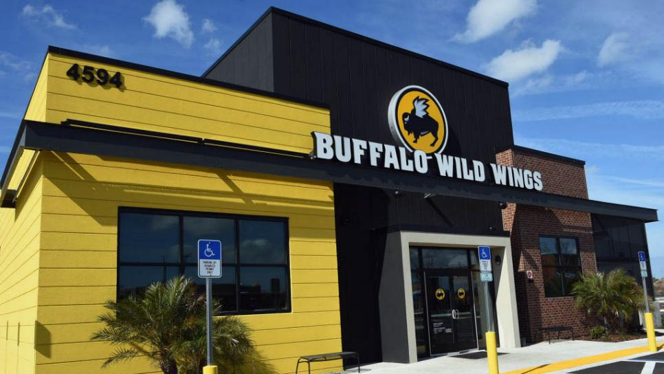 Buffalo Wild Wings Exterior In Jacksonville