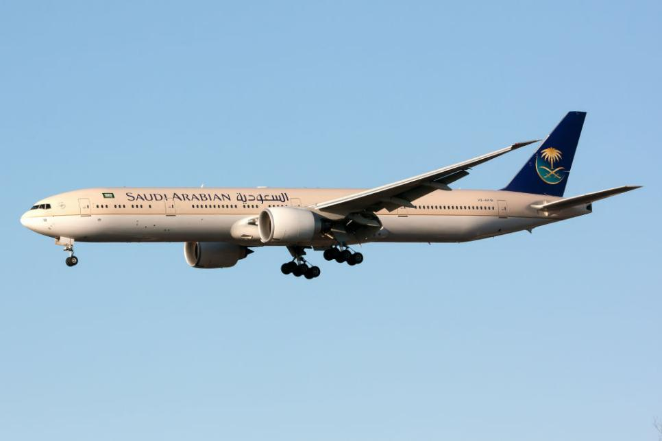 A Saudi Arabian Airlines Boeing 777-300ER landing at London