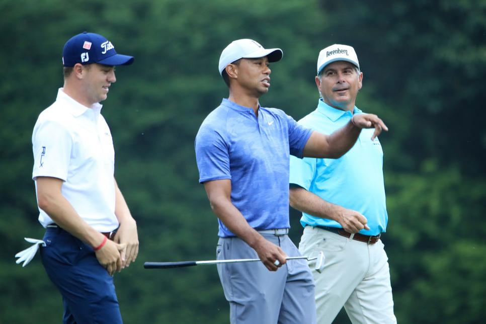 justin-thomas-tiger-woods-fred-couples-masters-2019-monday-practice.jpg