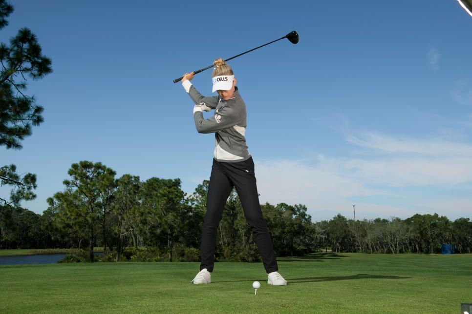 Nelly Korda shows her power position