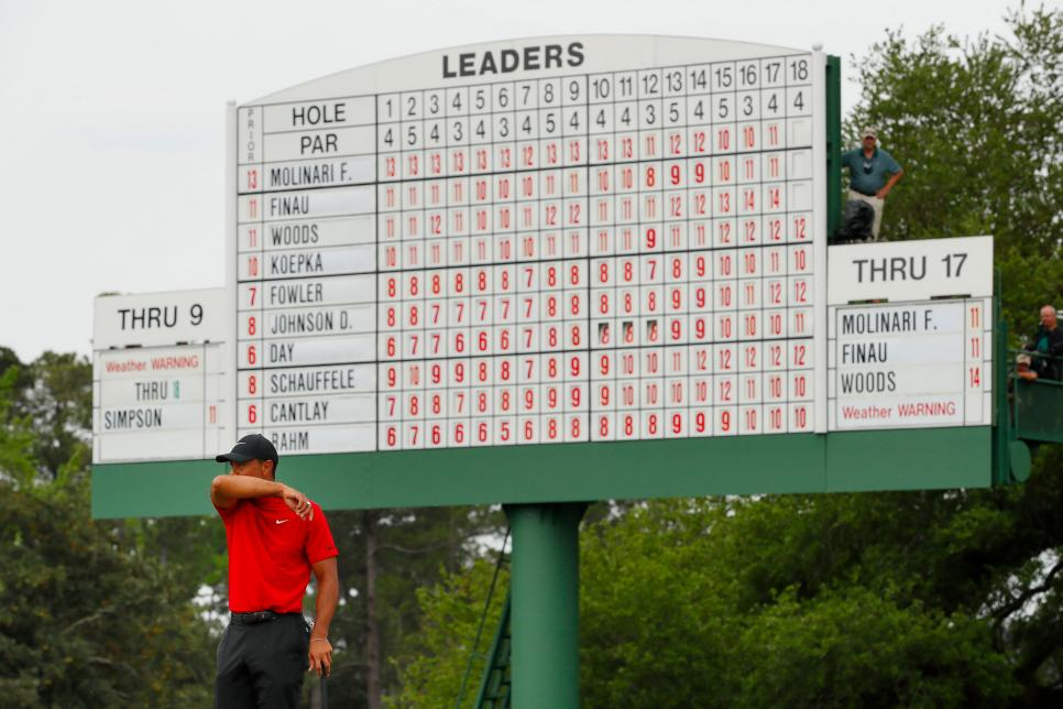 tiger-woods-2019-sunday-masters-scoreboard-18th.jpg