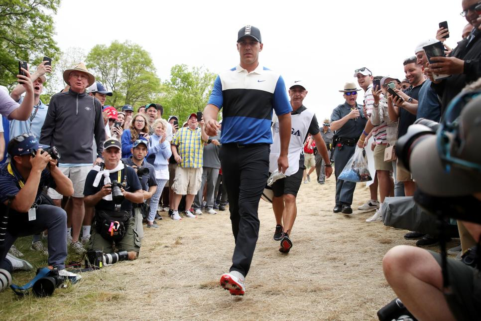 Brooks-koepka-walking-sunday-2019-pga-championship-crowd