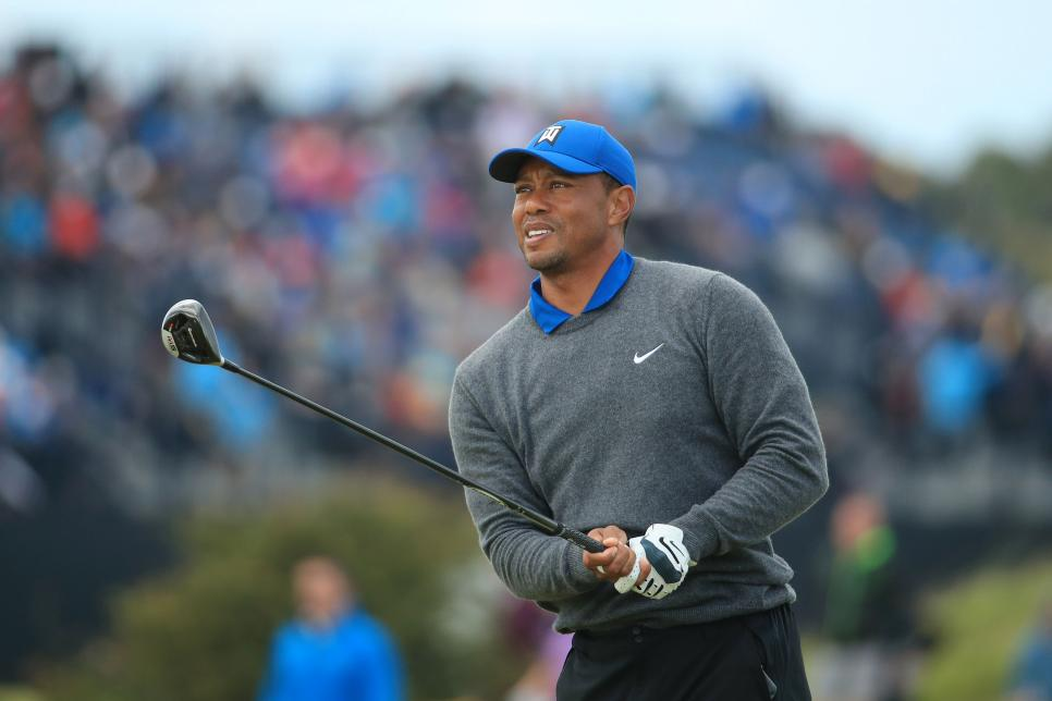 tiger-woods-2019-british-open-thursday-pained-swing.jpg