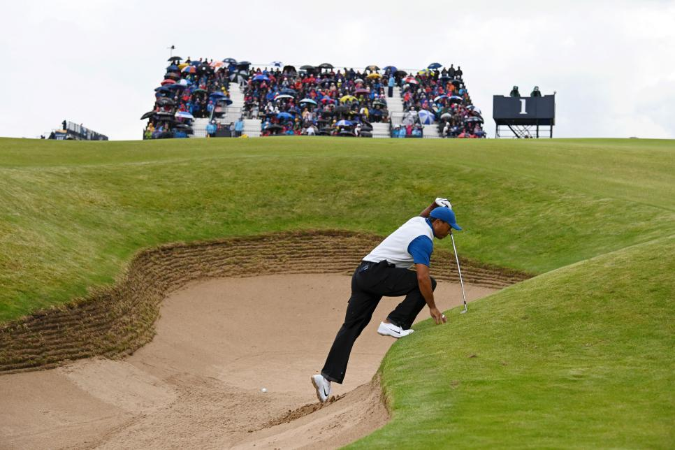 tiger-woods-2019-british-open-thursday-bunker.jpg