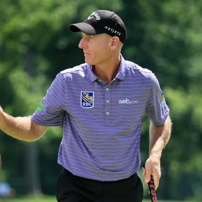 Jim Furyk renews love affair with Chicago golf, opens BMW Championship with a bogey-free 66