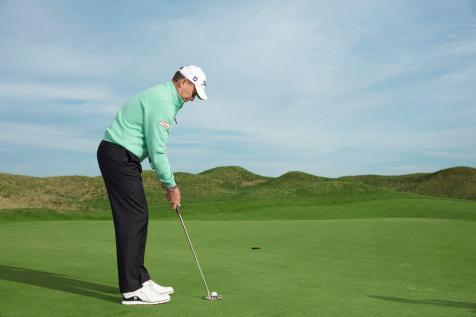 Two keys to help you roll every putt on line