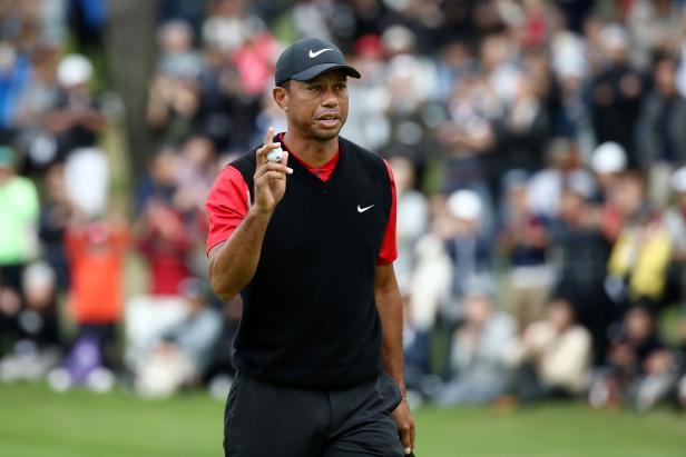 Tiger Woods handles marathon Sunday at the Zozo Championship, setting up potentially historic Monday