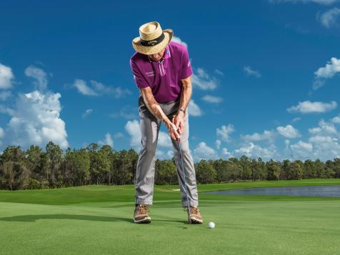 How to control speed on downhill putts
