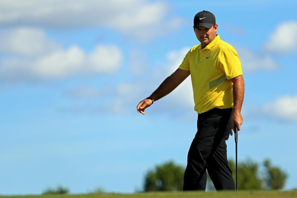 patrick-reed-hero-world-challenge-2019-round-3-walking.jpg