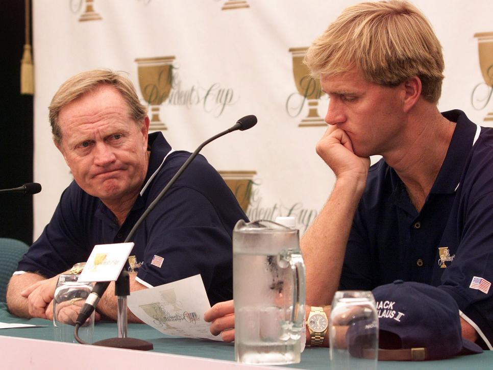 1998-presidents-cup-jack-nicklaus-press-conference-disappointment-jackie-nicklaus.jpg