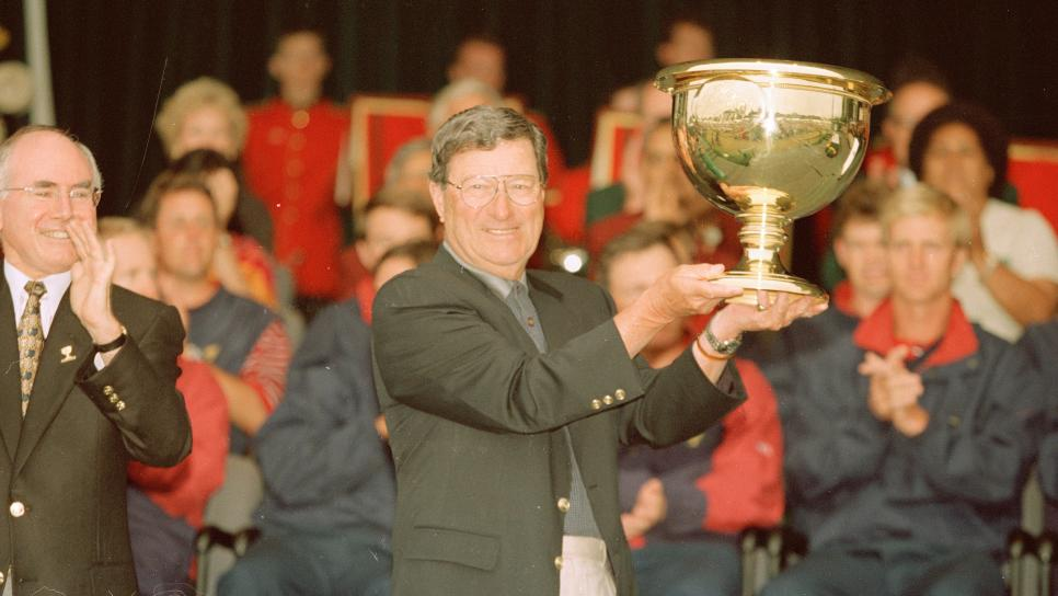 1998-presidents-cup-peter-thomson-trophy.jpg