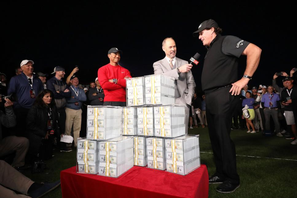 tiger-woods-phil-mickelson-the-match-2018-money.jpg