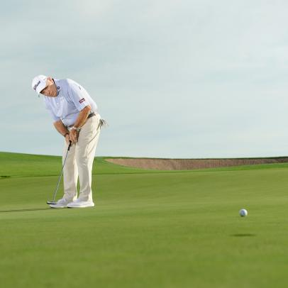 A better way to approach breaking putts