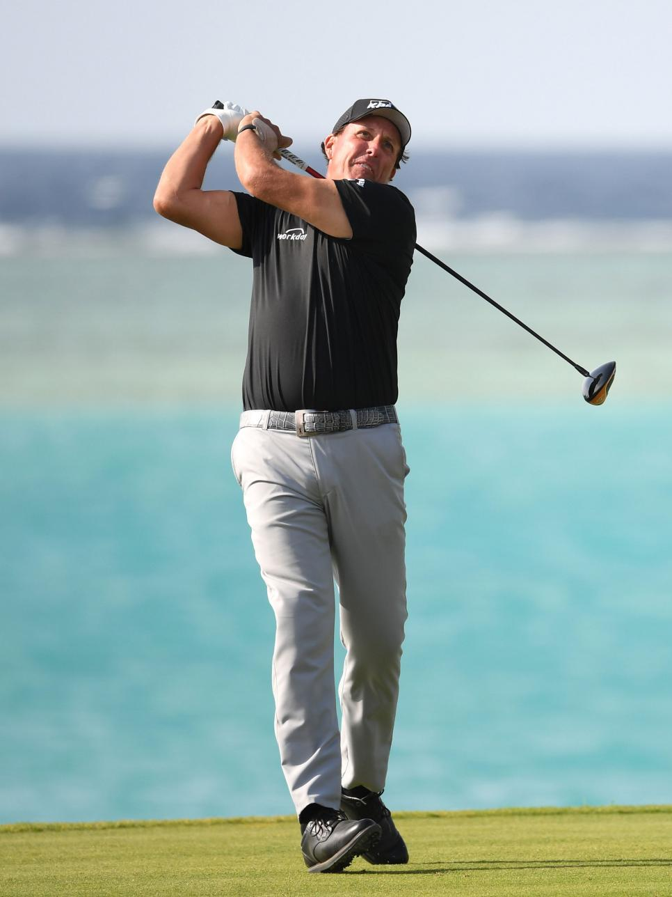 phil-mickelson-saudi-arabia-2020-sunday.jpg