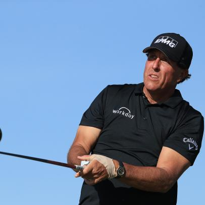 Report: Phil Mickelson in exploratory talks for TV broadcasting position