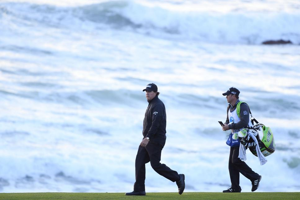 phil-mickelson-att-pebble-beach-pro-am-ocean-2019.jpg