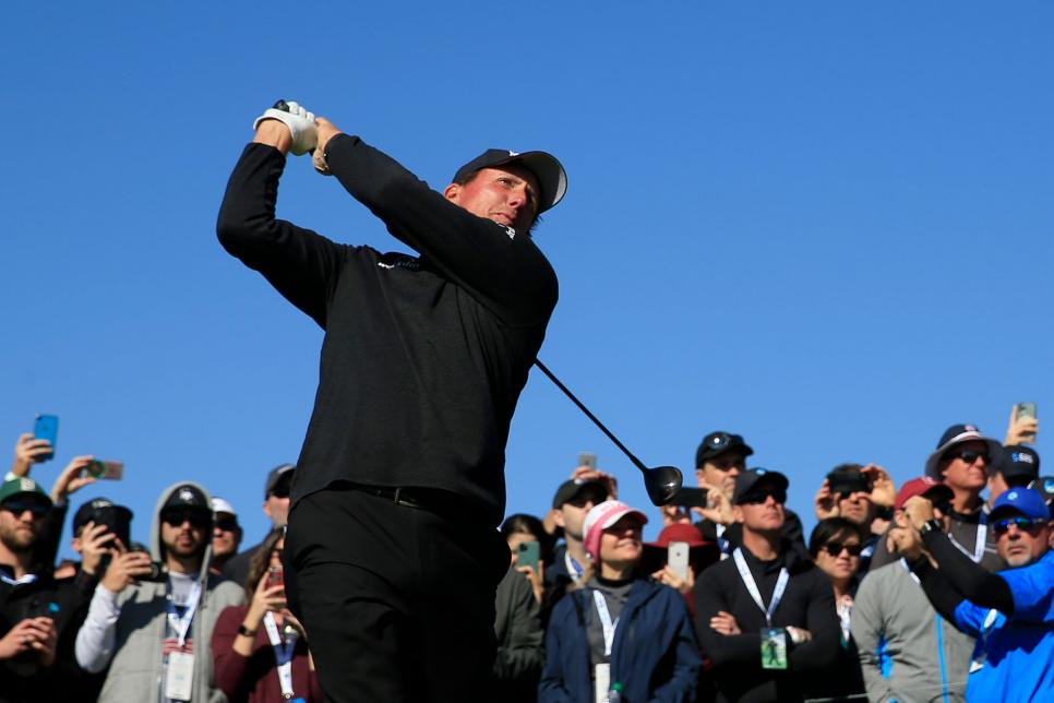phil-mickelson-pebble-beach-2020-sunday-driving.jpg