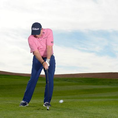 Two quick fixes to stop hitting fat and thin shots