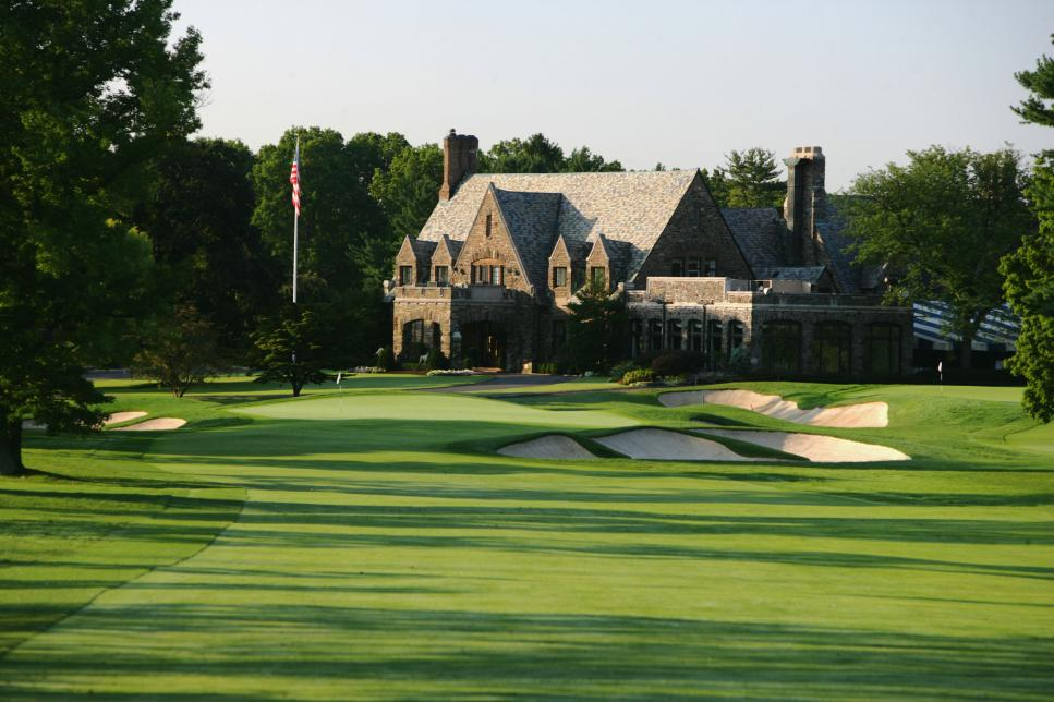 winged-foot-clubhouse.jpg