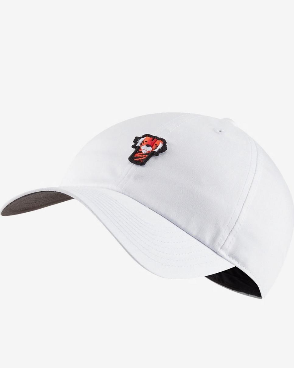 20200326 Tiger Woods Frank Golf Hat Nike.jpg