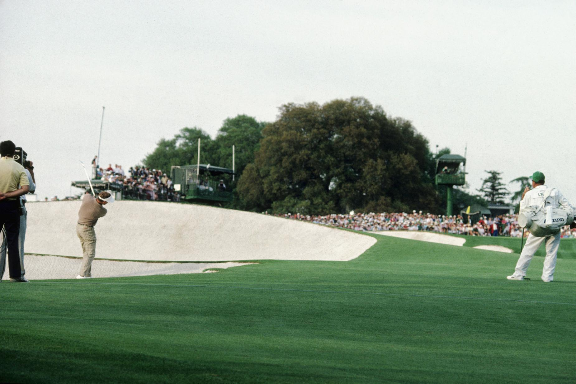 sandy-lyle-1988-masters-18th-hole-fairway-bunker.jpg
