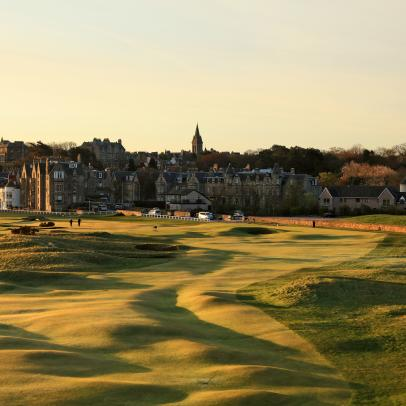 This St. Andrews tribute to Tiger Woods is pitch perfect