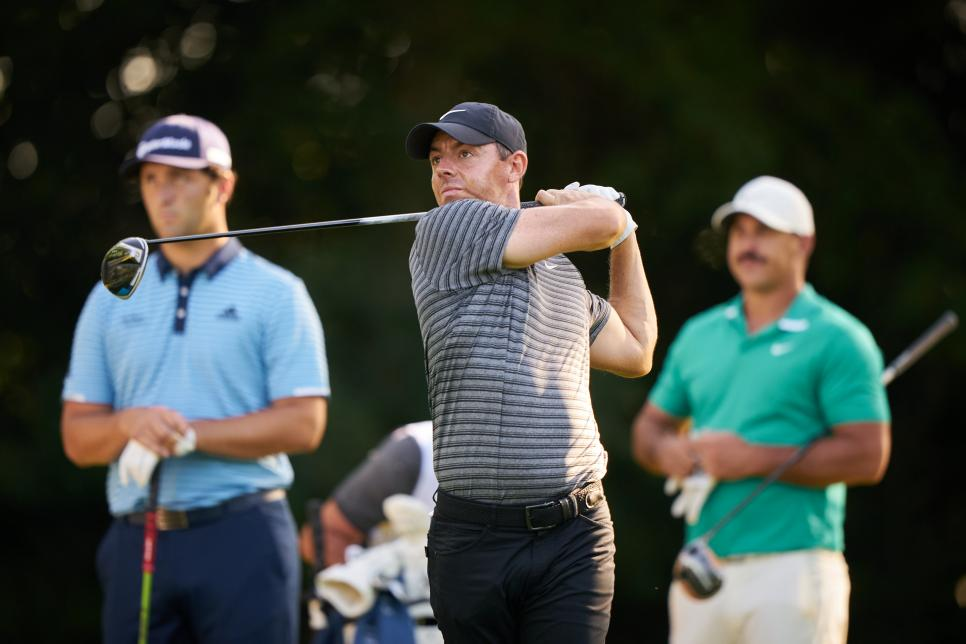 Mcilroy-Colonial-group-Friday.jpg