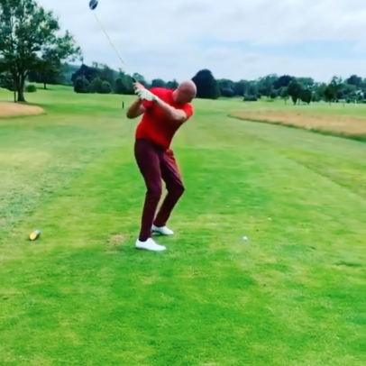 Two-time heavyweight world champion Tyson Fury has a pretty decent golf swing