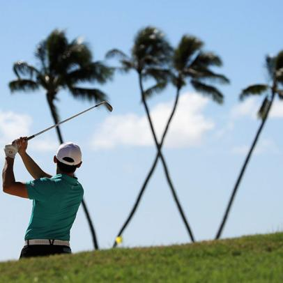 It's been 18 years since we've seen a round like Saturday's at the Sony Open on the PGA Tour