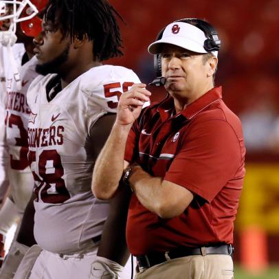 Bob Stoops is coaching at Oklahoma this week. Wait, what?