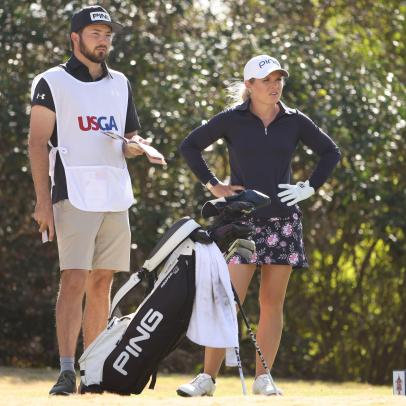 U.S. Women's Open 2020: Lindsey Weaver trades in her push cart for fiancé as caddie, and it's paying off nicely