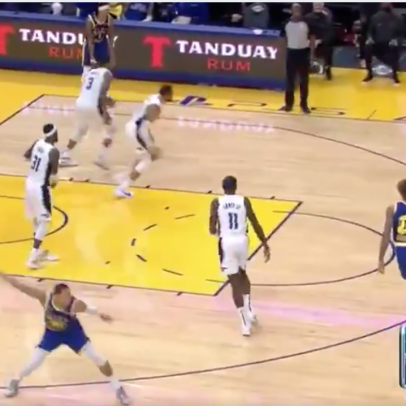 Steph Curry's premature celebrations are rubbing off on his teammates