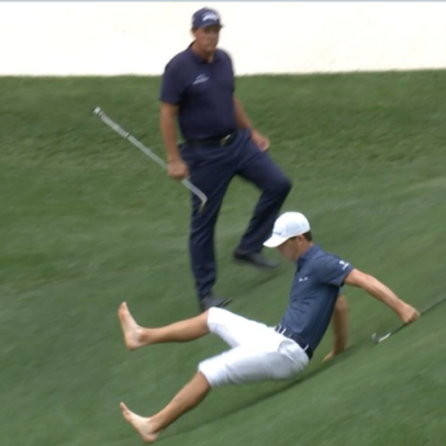 Masters 2021: Billy Horschel just fell on his ass at Augusta National, and Golf Twitter had a field day