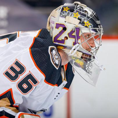 Anaheim Ducks goalie John Gibson posted a shutout while rocking an awesome tribute to Kobe Bryant on Tuesday night