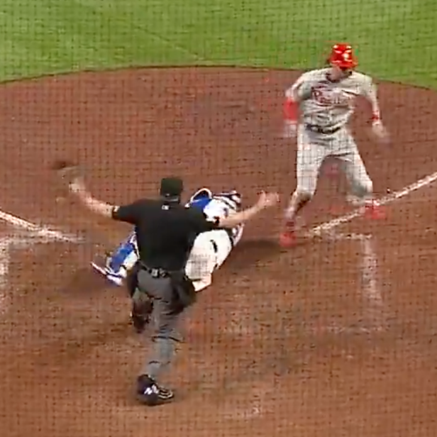 It's literally not possible to screw up a call as badly as this ump did at the end of the Braves-Phillies game