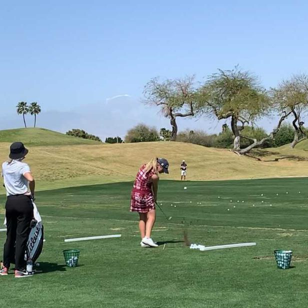 Why tour pros and college athletes are using human targets to practice