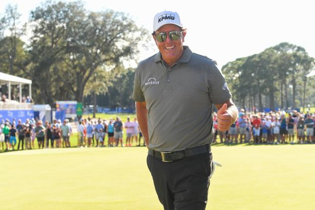 """Phil Mickelson telling fan that Kiawah's """"Not that hard"""" is FIGJAM at his finest"""